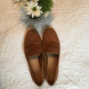 GAP Camel Suede Loafers
